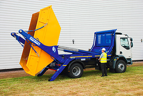 The rear of the skip loader has been shortened to aid manoeuvrability