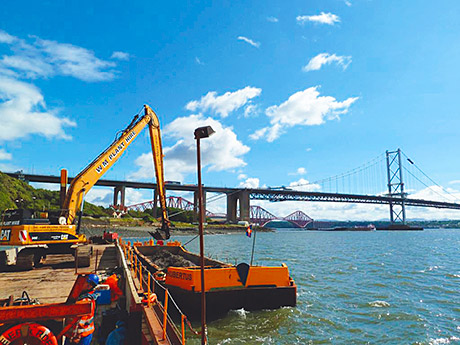 Construction of the Forth Replacement Crossing (FRC) has relied on GPS technology to position underwater excavators and some of the bridge's support structures.