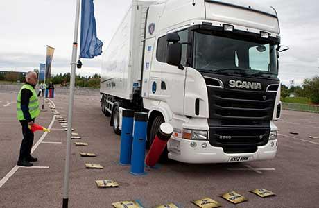 30b_Scania_214