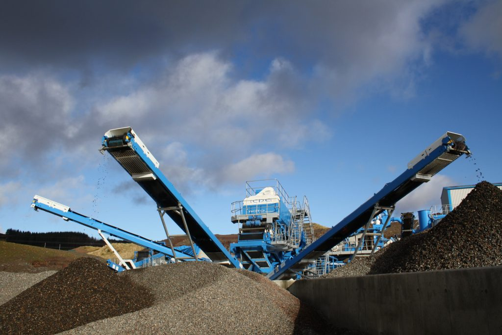 3 stockpile conveyors and the AggMax